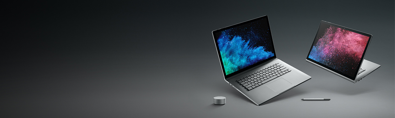 Due laptop Surface Book 2 in posizioni diverse
