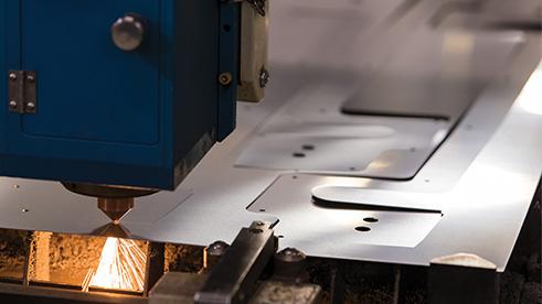 CNC cutting sheet steel plate