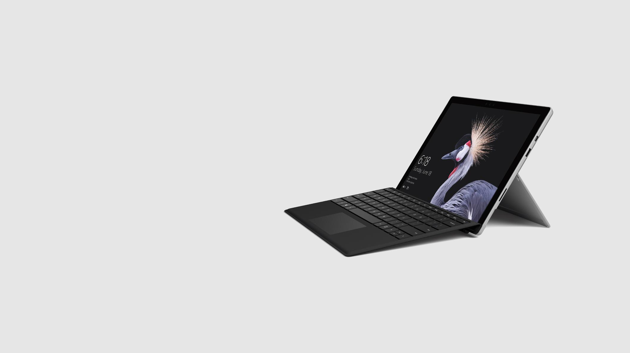 Microsoft Surface Pro et clavier Type Cover noir