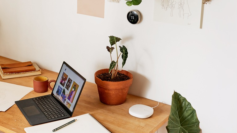Smart Home Devices - Connected Life - Microsoft
