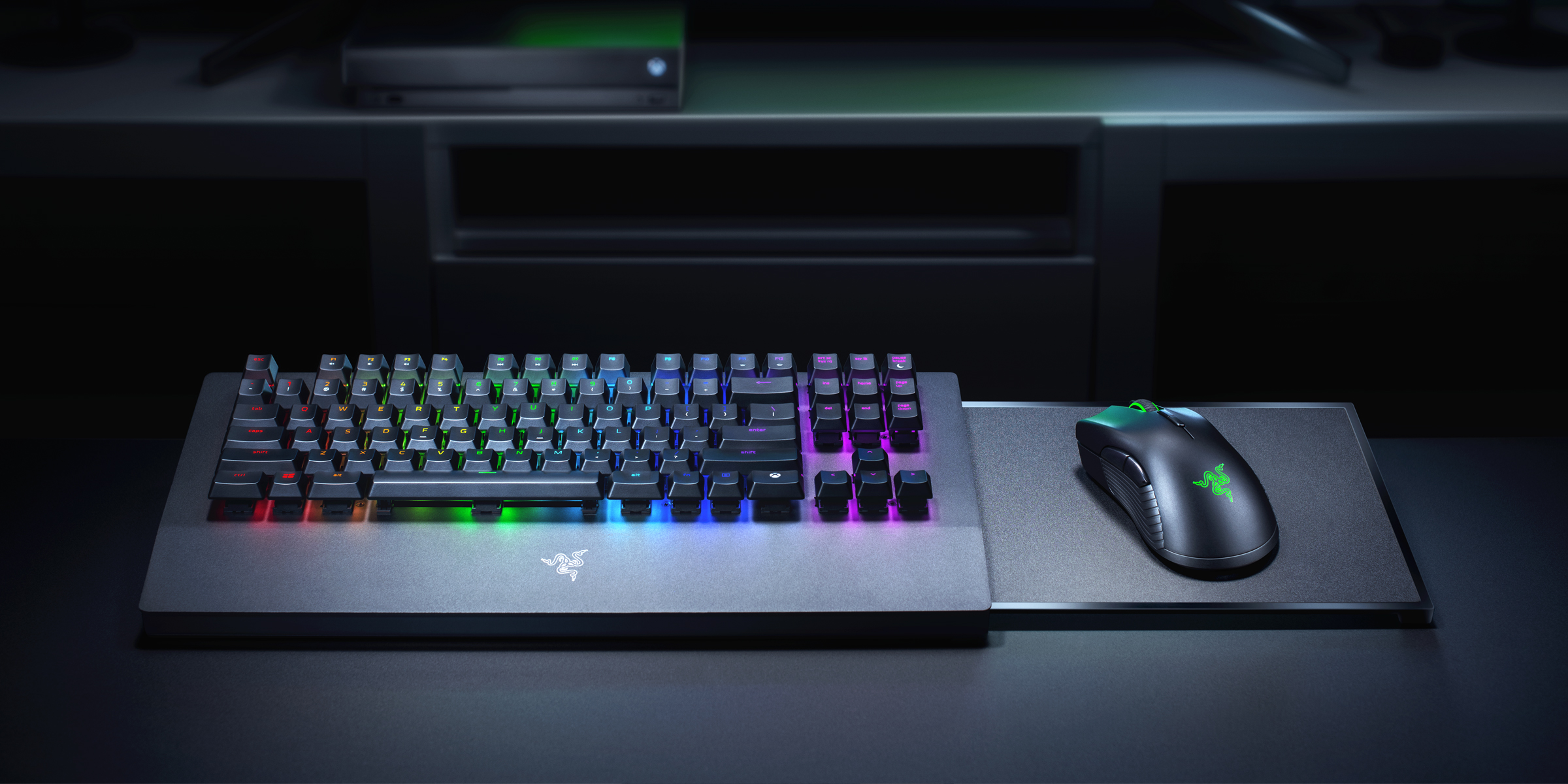 Razer Turret keyboard, zoomed in image of keys