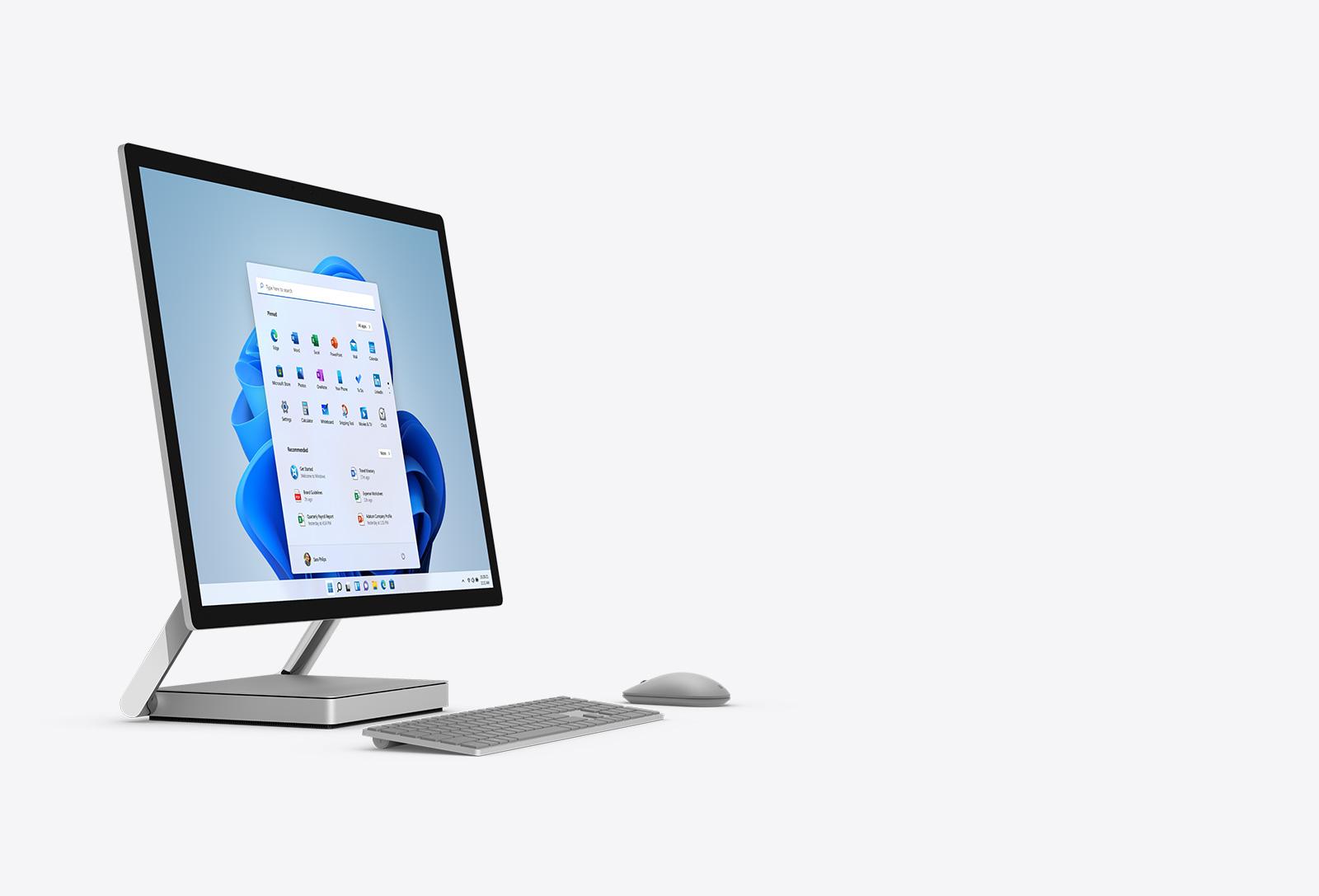 Surface Studio 2 與鍵盤和滑鼠