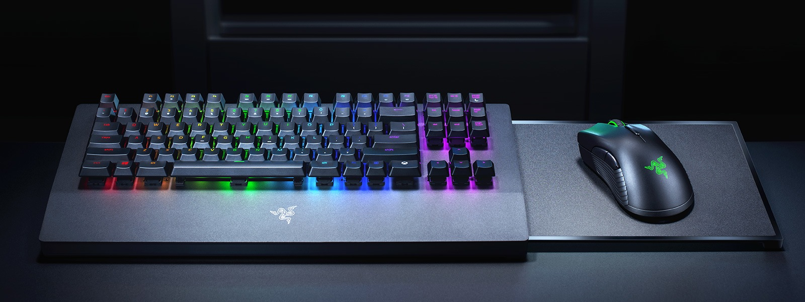 Feature Center Razer Keyboard