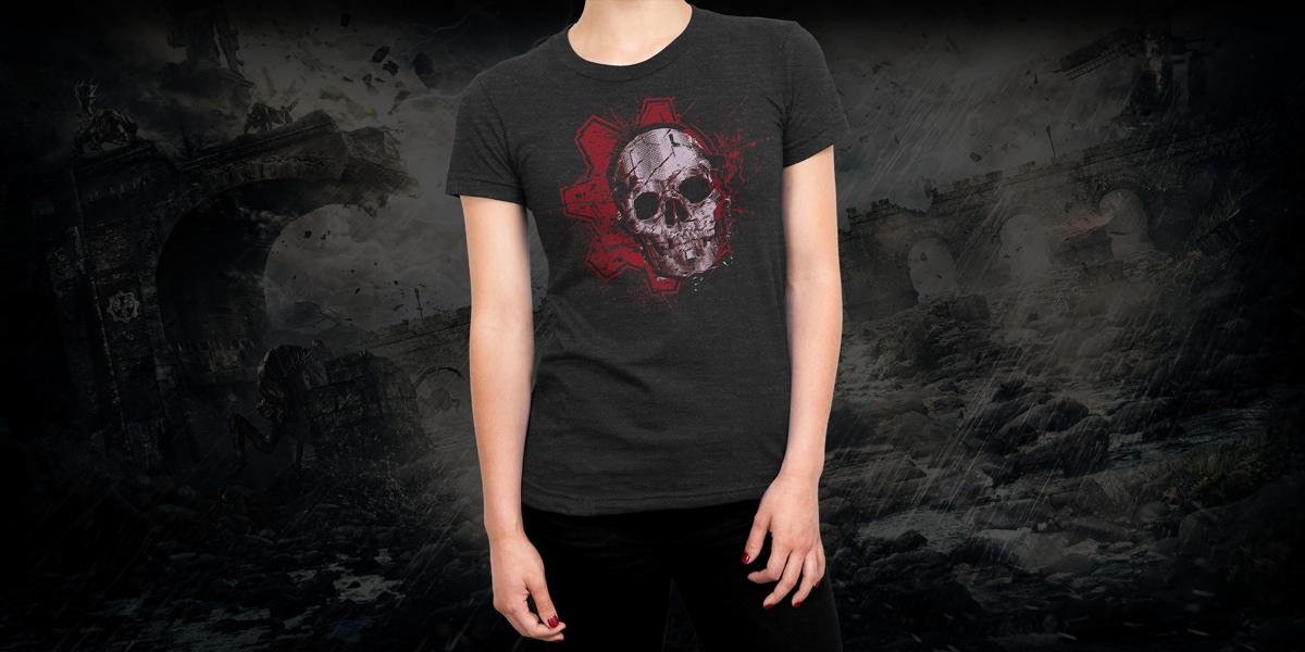 Young woman wearing a Gears of War t-shirt
