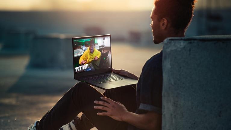 Buy Razer Blade 15 Gaming Laptop - Microsoft Store en-CA