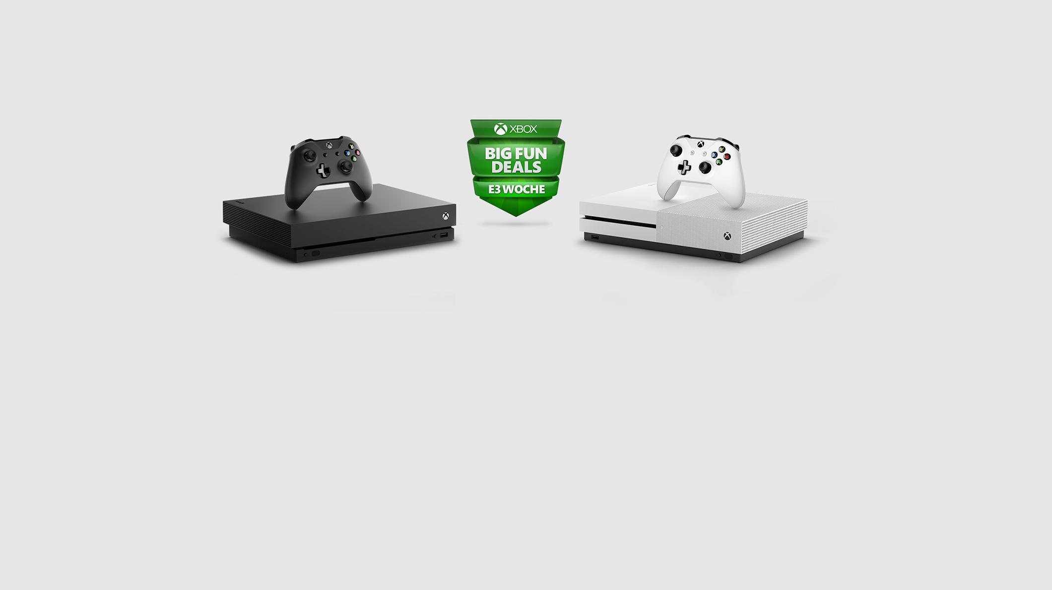 Eine Xbox One X, eine Xbox One S und zwei Controller