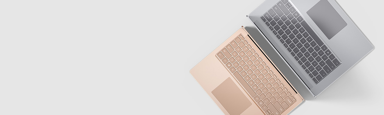 全新的 Surface Laptop 3 背靠背
