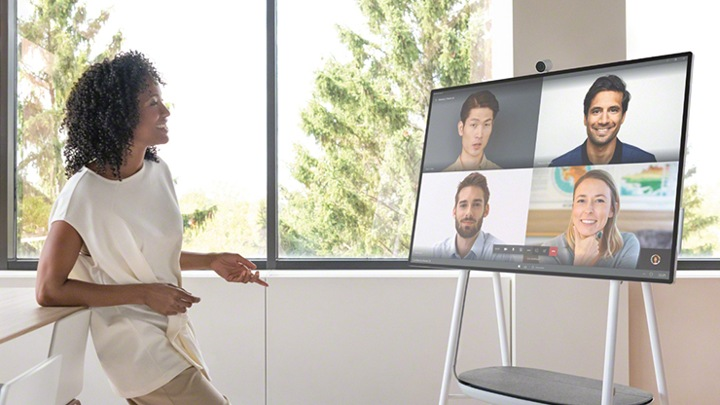 Interactive Whiteboard for Business – Surface Hub 2S | Microsoft