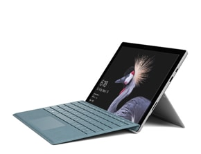 Surface Pro (5th Gen) with LTE Advanced와 타이핑 커버의 렌더링