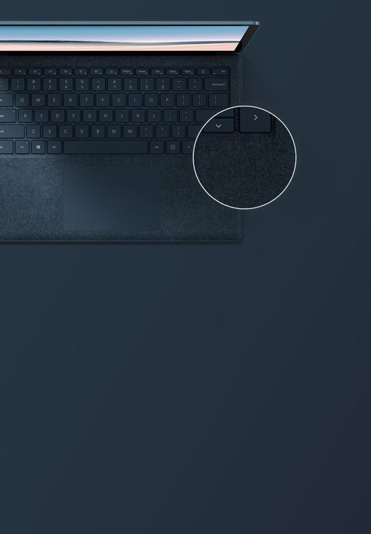 灰鈷藍 13.5 英寸 Surface Laptop 3 俯視圖