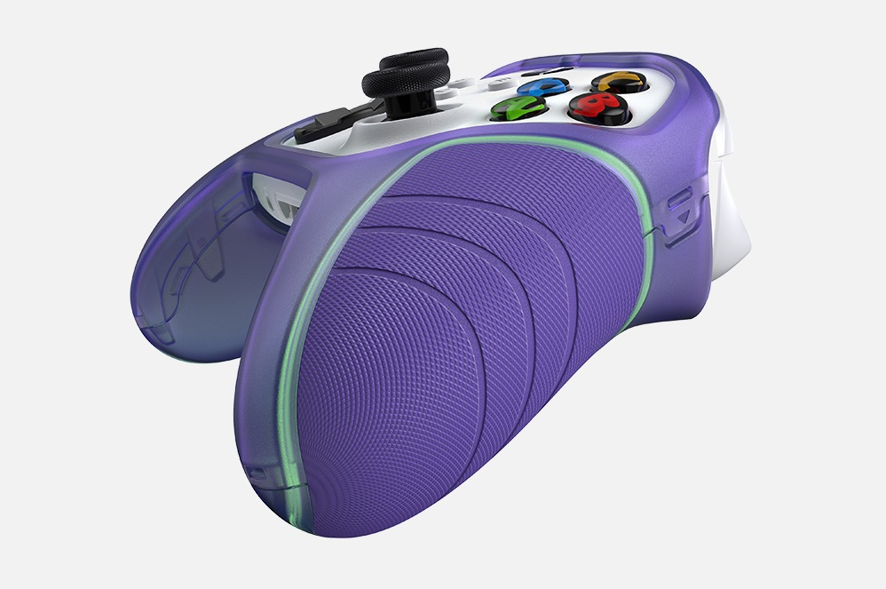 Side view of an Xbox controller featuring the OtterBox Easy Grip Controller Shell.