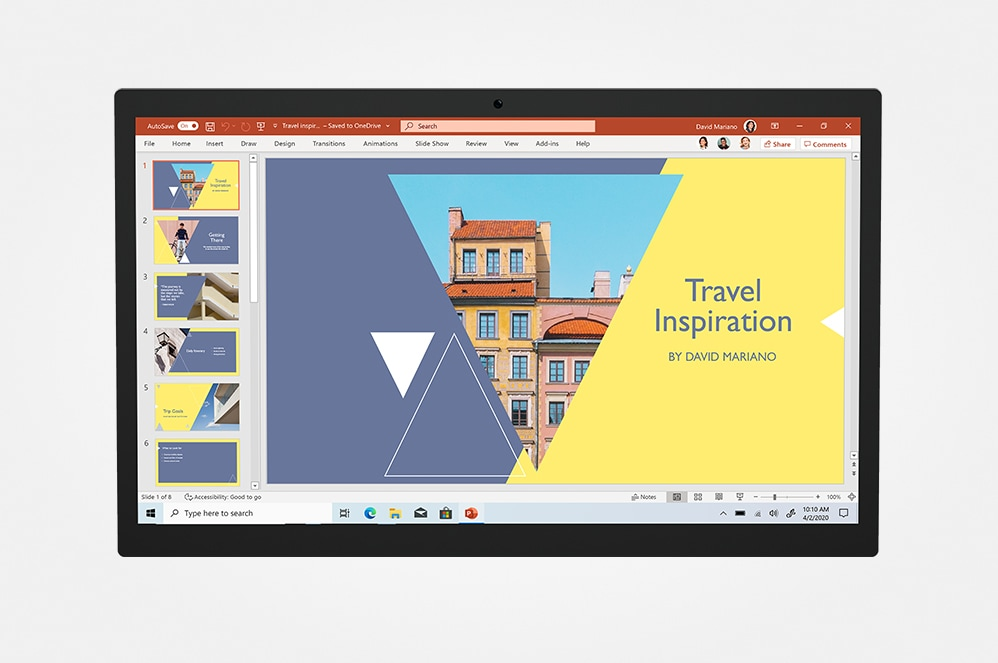 PowerPoint 디스플레이가 표시된 태블릿 화면.