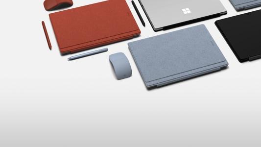 Zdjęcie poglądowe Surface Pro 7 we wszystkich wersjach kolorystycznych.
