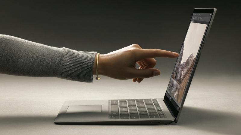 pantalla tactil en ordenador