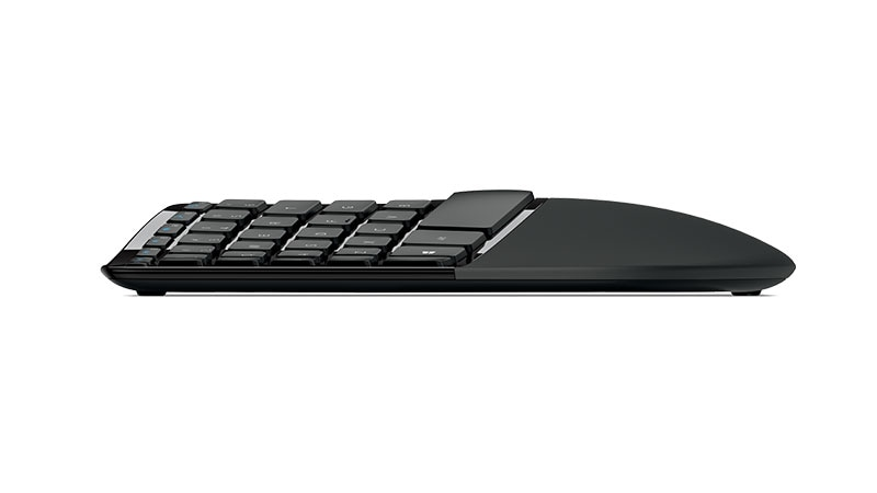 منظر جانبي لمميزات لوحة مفاتيح Microsoft Sculpt Ergonomic keyboard