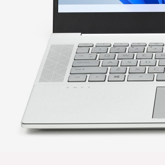 Laptop-Tastatur und Mausoberfläche