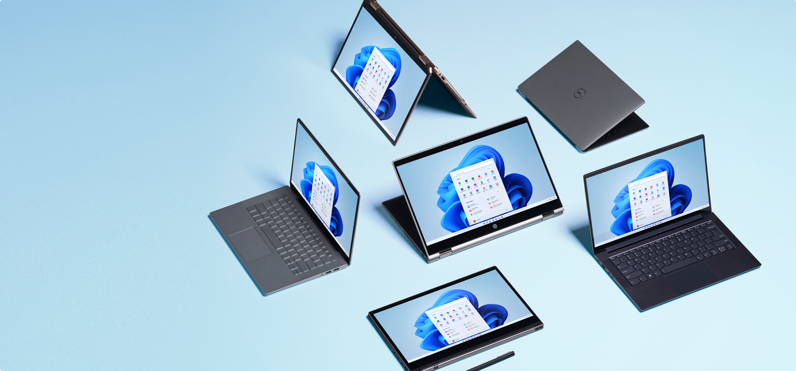 Tableau d'ordinateurs avec stylo numérique