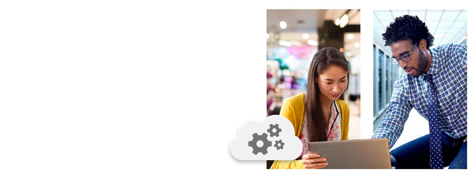 Zwei Personen im Business-Umfeld blicken gemeinsam auf einen Laptop