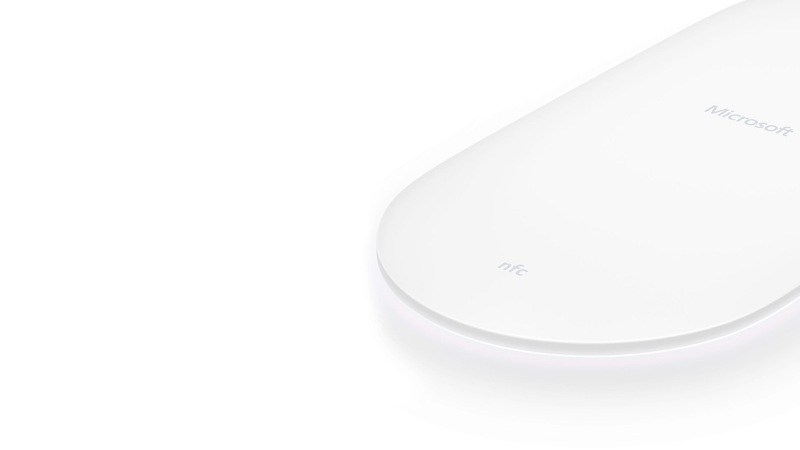 Microsoft Wireless Charger Overview - Microsoft - Global
