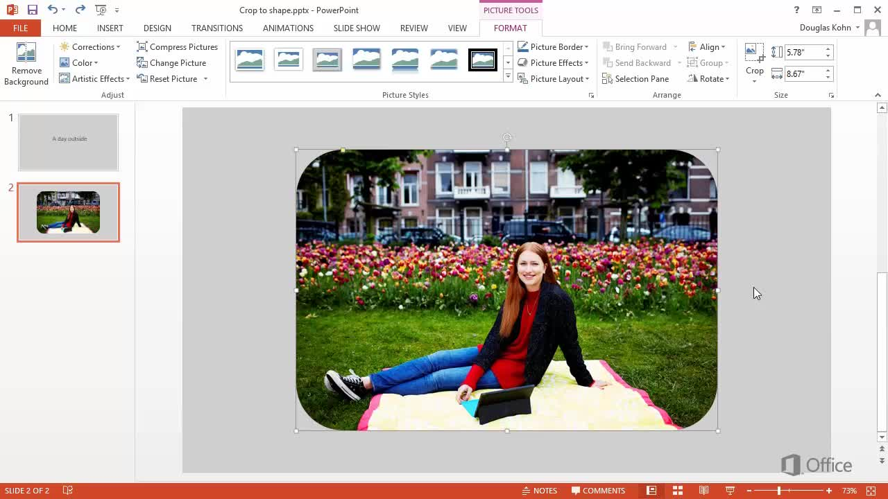 Video: Crop a picture to fit a shape