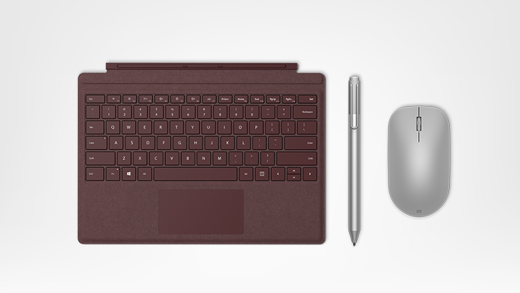 Type Cover, Surface Pen und Surface Maus