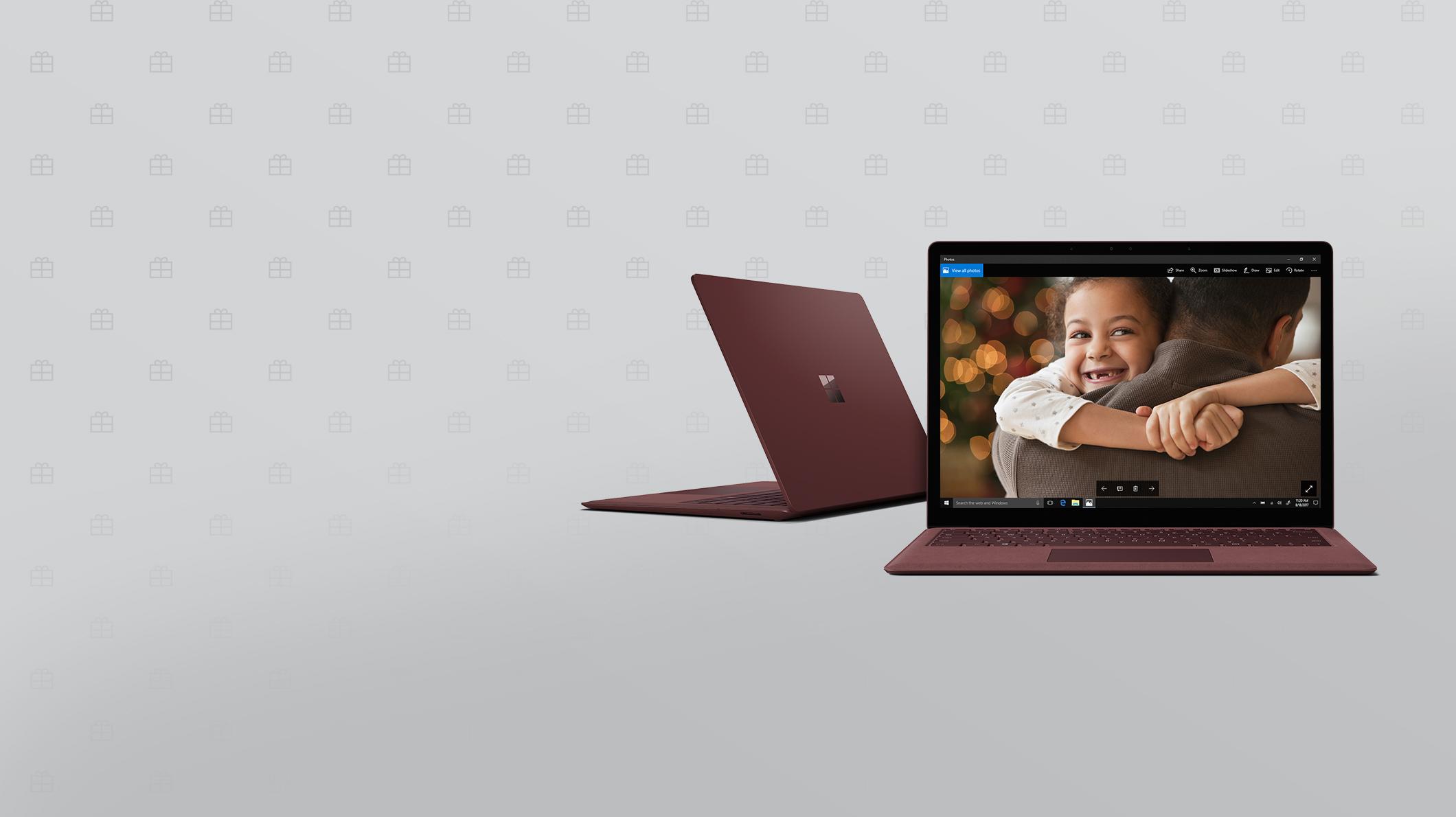 Deux appareils SurfaceLaptop