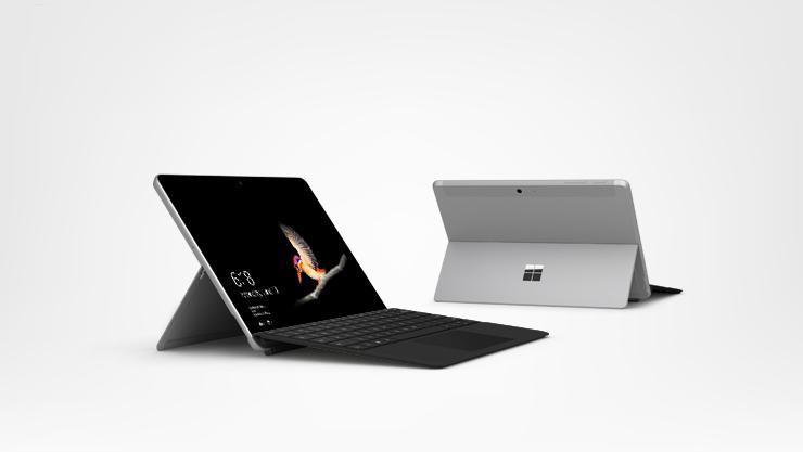 Surface Go met zwarte Type Cover