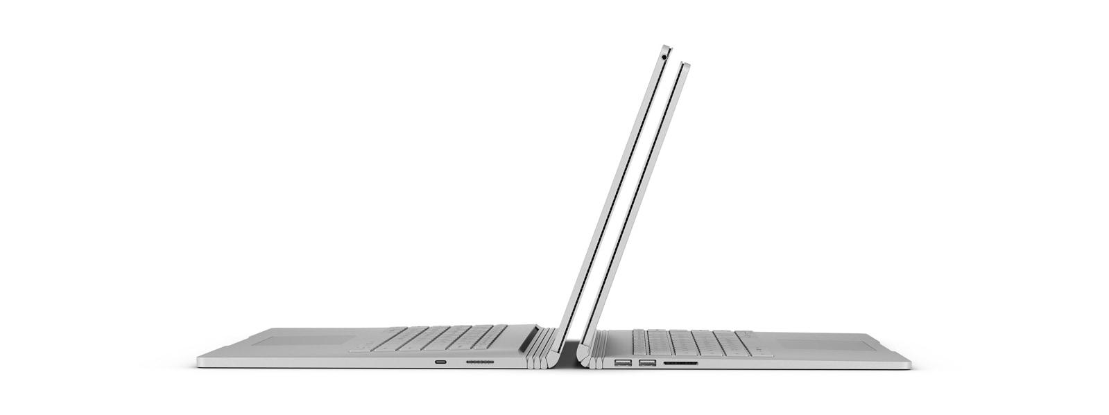 """Een 13""""- en een 15""""-Surface Book 2 met de achterkanten tegen elkaar"""
