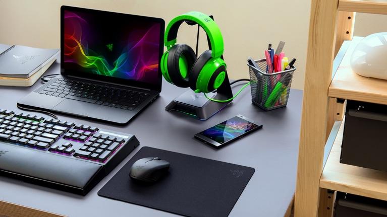 Buy Razer Atheris Bluetooth Optical Mouse - Microsoft Store en-GB