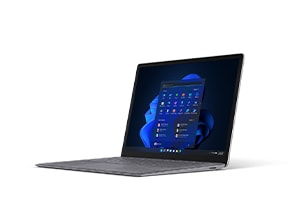 13.5 インチの Surface Laptop 4