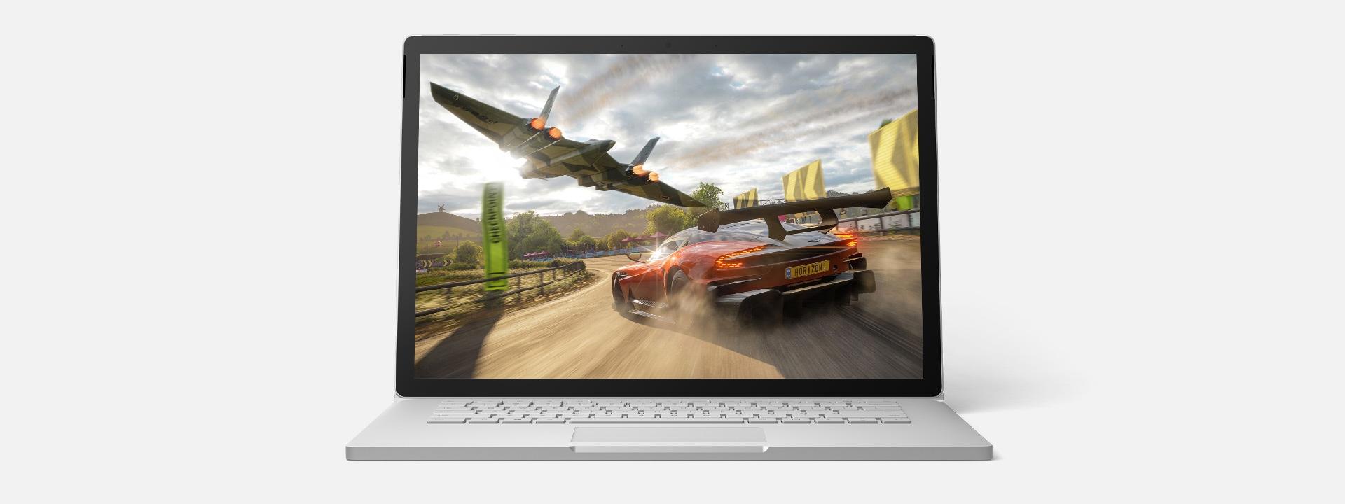 Surface Book 3 que ejecuta un juego para Xbox